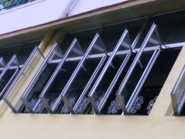 Windows Imprisoned!